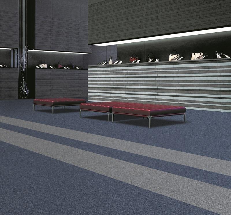 Thảm trải sàn một màu đế cao su