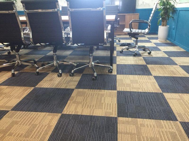 Thảm tấm AS 312 kết hợp với thảm tấm AS 318